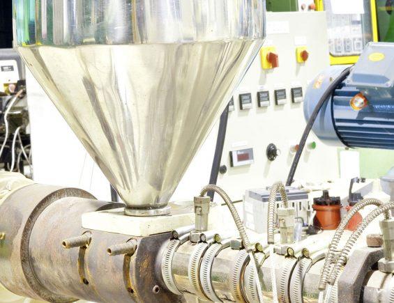 WEST MLC9000+: conheça o sistema de controle de temperatura para extrusoras